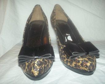 Vintage  leopard print heels