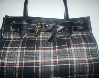 Vintage glam in plaid purses