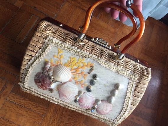 50s Vintage Purse Seashell Wicker & Lucite Top Han