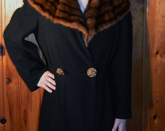 Rare Antique 1930es 1940es Black Wool Princess Coat with Genuine Mink Collar and Large Decorative Buttons / Double Breasted / Sz Extra Small