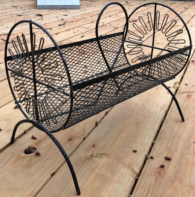 Sensational Vintage 50S Black Wire Metal Atomic Magazine Rack Stand Evergreenethics Interior Chair Design Evergreenethicsorg
