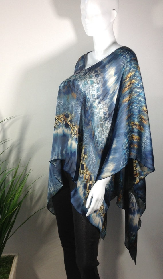 size yellow Cream and Poncho Women's fits Blue one all xOP4fIwYqn