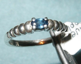 Blue Sapphire Ring Size 7 solid Sterling Silver .925