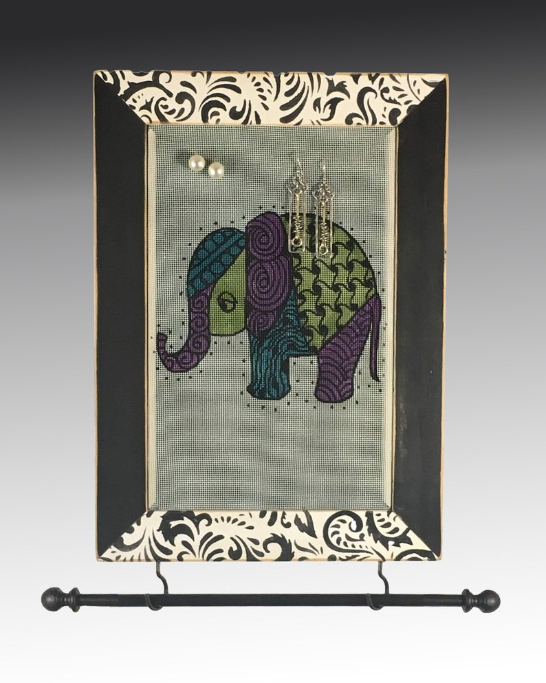 Shabby Chic Earring Holder Hand Painted Elephant Design Necklace Holder Wood Frame Jewelry Display Hanging Jewelry Organizer