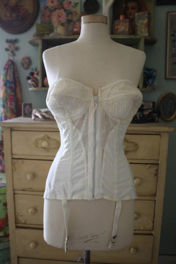 Fabulous & Sexy Vintage Rondeau Original by Lilyet