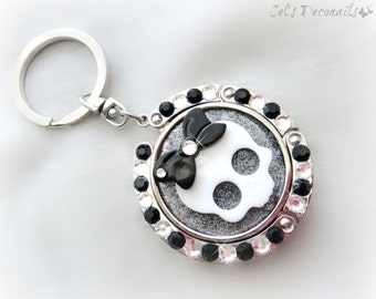 Creepy cute skull keychain, kawaii deco folding purse hook, black and white bag charm, pastel goth