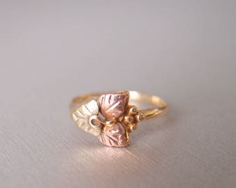 10k Black Hills Gold Ring tri-color solid 10kt pink green yellow grape leaves size 6.5