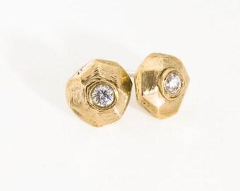 Solid 14k gold stud earrings Geometric stud earrings Diamond like bridal earrings Gold post earrings Gift for her