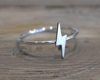 Lightning Ring, Lightning Bolt Ring, Rose Gold lightning ring, bolt ring, Rose gold midi rings, rose gold rings, gold stacking rings