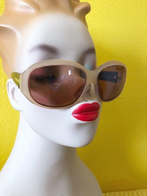 90s Authentic Prada Sunglasses in Cream Frame - image 2