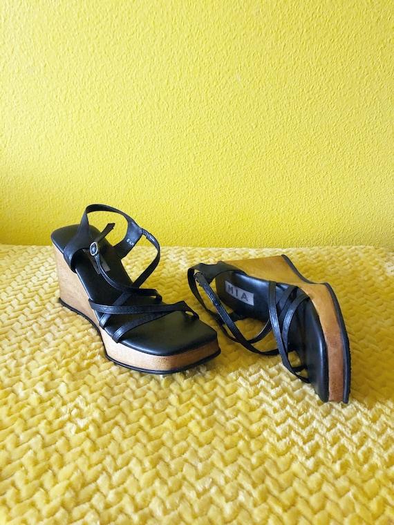 Sz. 6.5 90s does 60s Platform Chunky Heel Strappy
