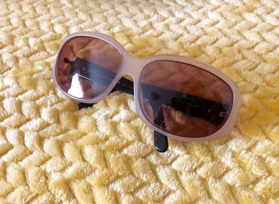 90s Authentic Prada Sunglasses in Cream Frame - image 6