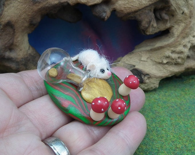 Isolde furred spellbound Mouse tableau with potion bottle OOAK SCULPT by Artist Ann Galvin