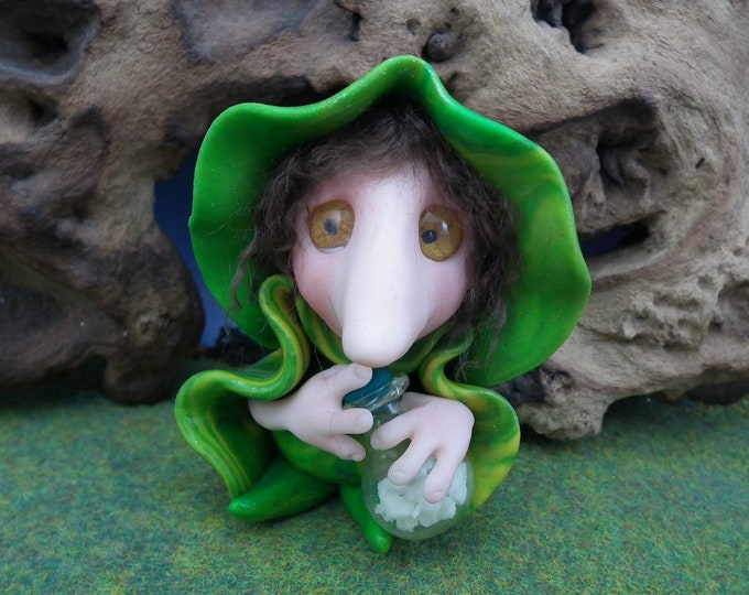 Young SchnozKin Wizard 'Artt' * long-nosed Gnome * OOAK Sculpt by Artist Ann Galvin