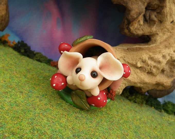 Sweet Baby Mouse 'Heloise' in clay flowerpot OOAK Sculpt by Sculpture Artist Ann Galvin