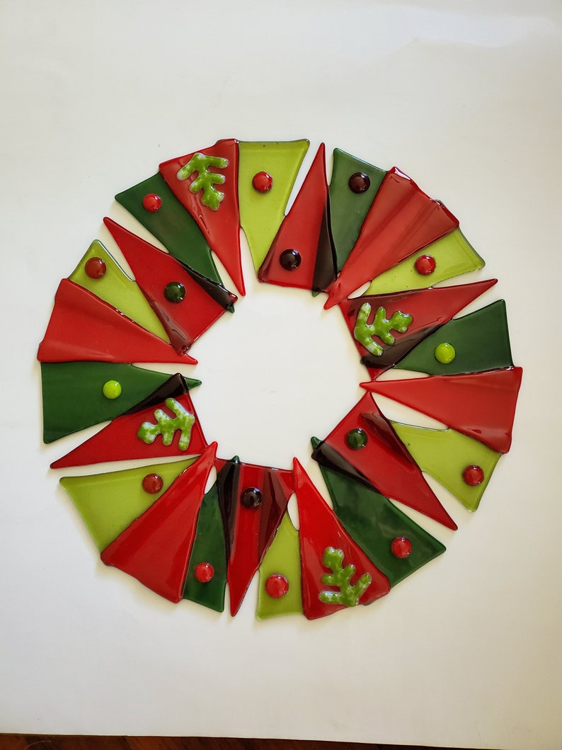 12 Fused Glass Holiday Wreath  Green and Red  Handmade image 0