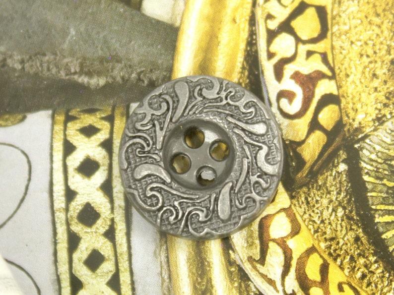 0.63 inch 10 pcs 4 Holes Metal Buttons Cirrus Circle Metal Buttons Gunmetal Color
