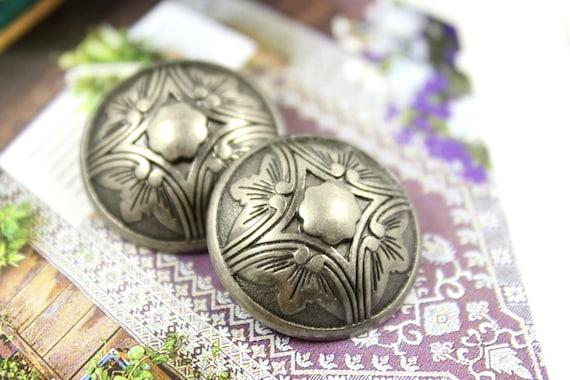 """1-3//16/"""" Gorgeous Purple Flowers Floral Art Stone Shank Button"""