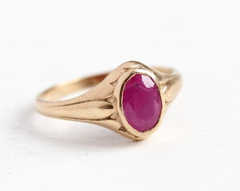 Sale - Vintage Ruby Ring - 10k Rosy Yellow Gold Genuine Ruby Gemstone - 1940s Size 4 Red Pink Oval .67 Carat Gem July Birthstone A&Z Jewelry