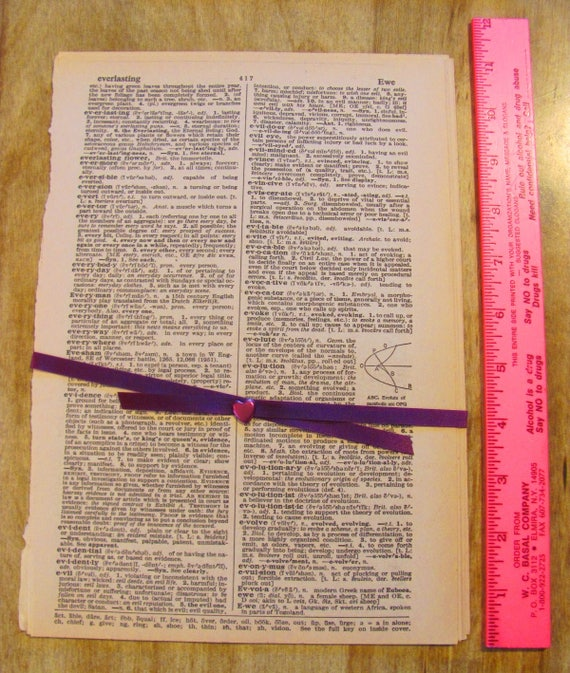 Vintage Dictionary Pages 10 Large Vintage 1940s Definitions Etsy