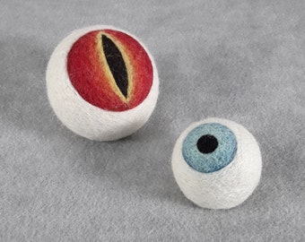 CUSTOMIZABLE Eye Pin Cushion - Weighted Desktoy Horror Eyeball - Goth sewing Accessory Pincushion