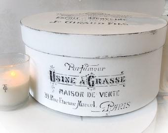 Boudoir Parisian style Antique white shabby chic hat box storage french style