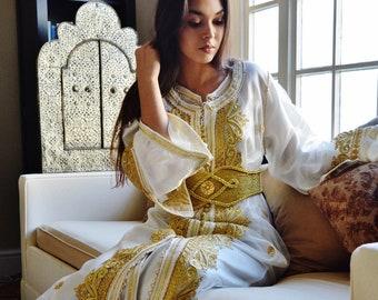 Kaftan Moroccan Modern White Gold Embroidery Caftan Kafan-Millia-moroccan  parties 9990e893ba2