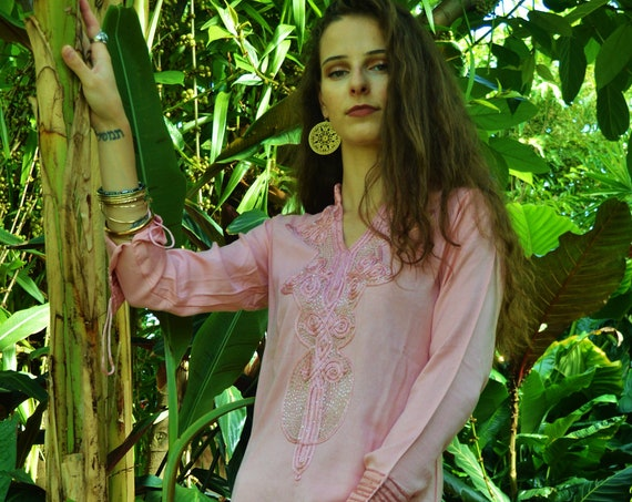 Winter Winter Sale//Champagne Pink Aisha Marrakech Bohochic Kaftan Caftan, Embroidered kaftan,Embroidered Dress,winter dress,chirstmas gifts