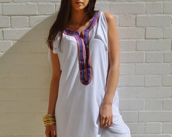 10% OFF // White Tee Boho kaftan caftan-loungewear,resortwear,,  dress, maxi dress, beach cover ups, , Eid,,winter sale,boxing day sale