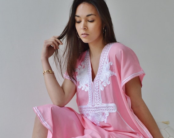 Kaftan, Pink & White Marrakech Resort Caftan Kaftan -beach cover ups, resortwear,loungewear, maxi dresses, birthd, Ramadan, Eid,holiday wear