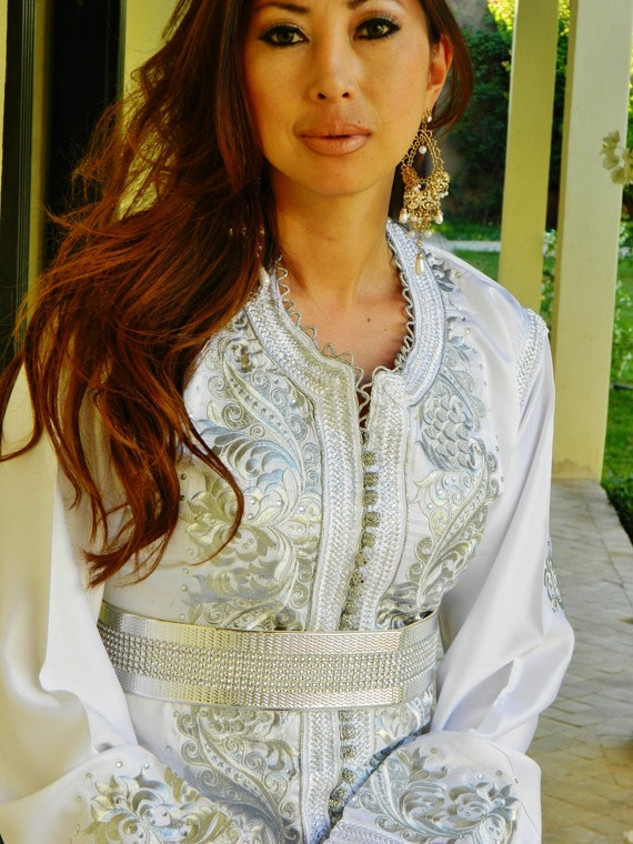 Moroccan Modern White Embroidery Caftan Kafan-Aziza- parities, moroccan parties, weddings,abbayas, anniversary gift,summer dress,, lounge