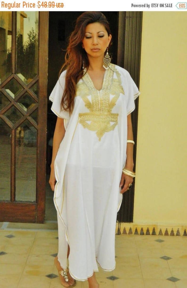 White Kaftan Dress Kaftan Moroccan Resort Caftan Kaftan Marrakech-White  Gold Embroidery afaa787fd