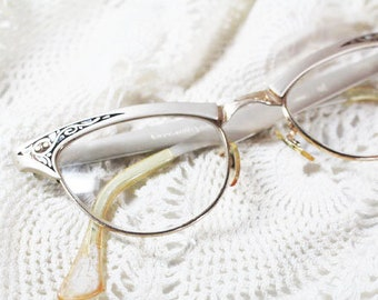 Pale Golden Cat Eye Glasses, Vintage Glasses    -   Z