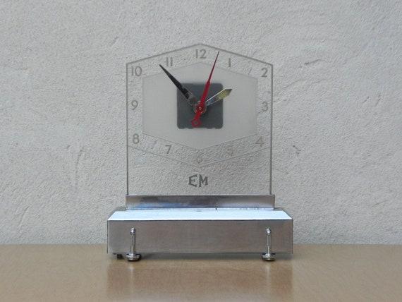 Illuminazione di vetro e cromo deco orologio da mensola etsy