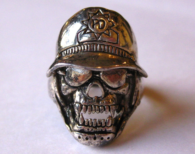 Vintage Ring G/&S Gordon and Smith Silver Death Skull Biker Ring size 12