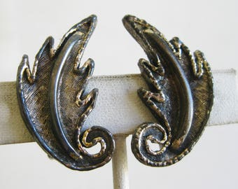Vintage Tortolani Silver Leaves Designer Clip On Earrings
