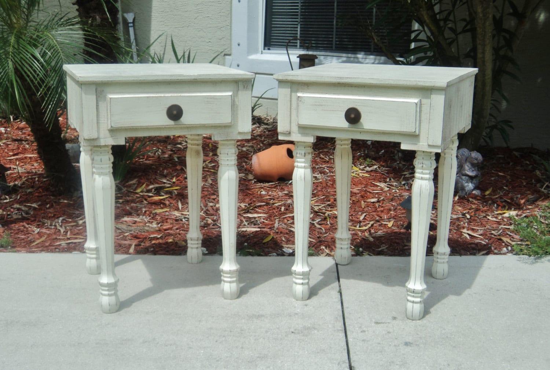 table de chevet maison de ferme moderne ferme maison table etsy. Black Bedroom Furniture Sets. Home Design Ideas