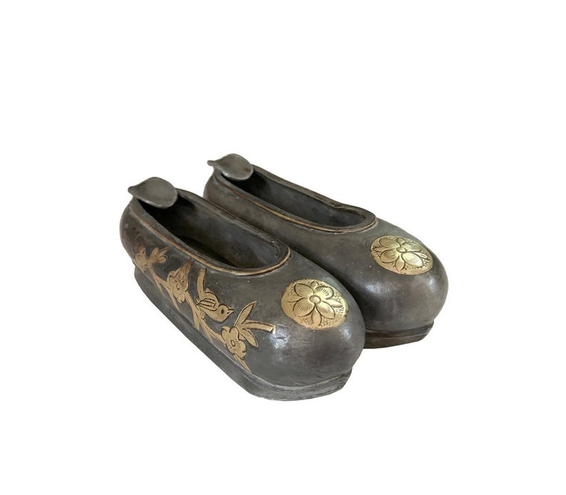 Vintage Chinese Slippers Double Ashtray  Chinese Tobacciana  Asian Chinese Metal and Brass Ashtray