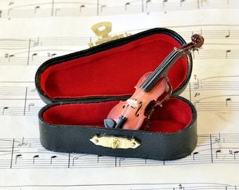 Violin Brooch Pin in Case - Music Brooch - Violin Gifts - Violin Jewellery