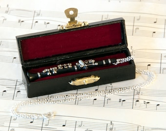 Clarinet Necklace in Case - Music Necklace - Clarinet Jewellery - Clarinet Gift