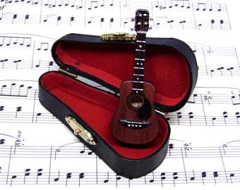 Ukulele Brooch Pin in Case - Ukulele Gift - Ukulele Jewellery - Music Brooch