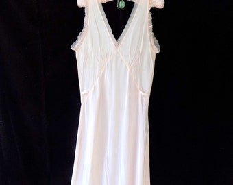 1930s 1940s Bias Nightgown Lingerie in Pink with V Back