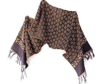 Longue écharpe en soie avec Motif asiatique unisexe 33ad65339e0