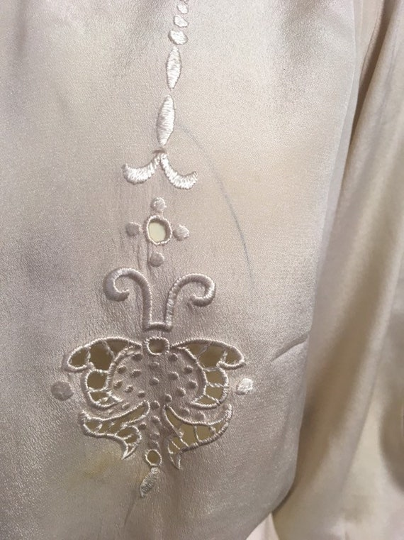 20s Victorian blouse/ ivory silk embroidered blou… - image 4
