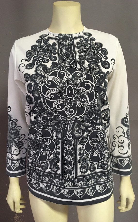 Vtg  60s 70s psychedelic blouse/ tattoo black whit