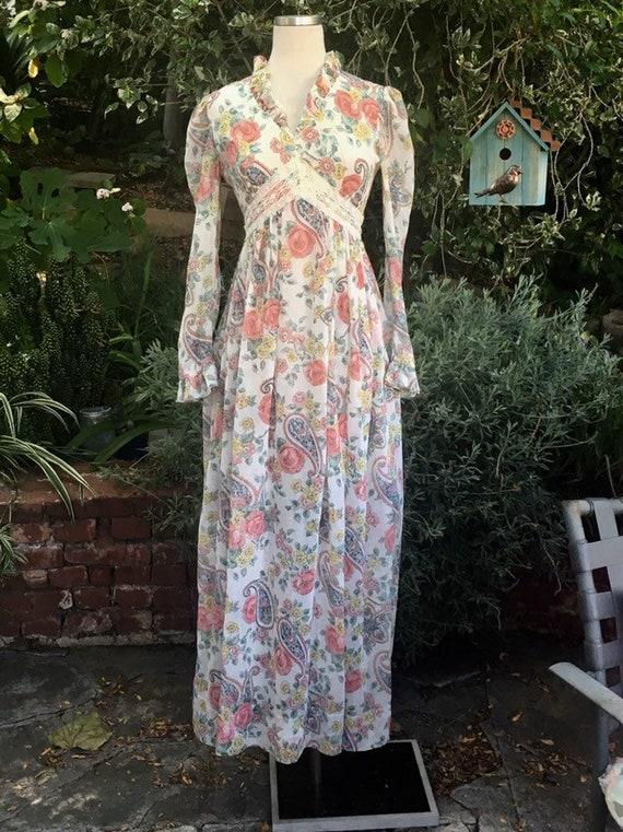 70s maxi dress/ Puff Sleeve bohemian ivory hippie