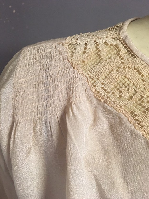20s Victorian blouse/ ivory silk embroidered blou… - image 8