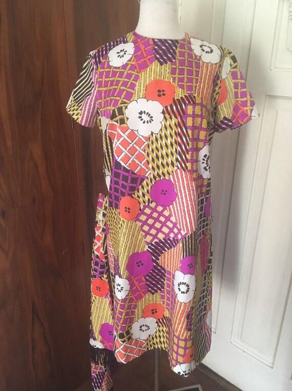 60s mod dress/ silky black patchwork pucci-esque … - image 10