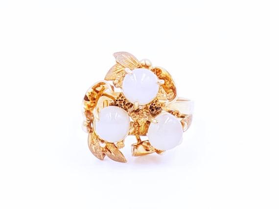 Antique Gold Moonstone Ring - 10k Round Moonstone