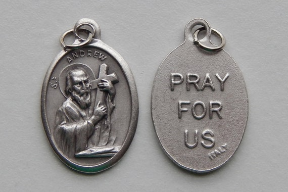 5 Patron Saint Medal Findings - St. Andrew, Die Cast Silverplate, Silver Color, Oxidized Metal, Made in Italy, Charm, Drop